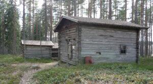 chimneyless hut Laurinmäki