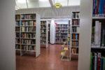 Kirjaston aikuistenosasto.