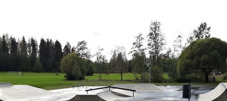 Tervakosken skateparkin rampit.