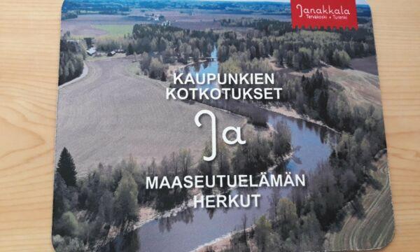 Hiirimatto, jossa kuva Puujoelta ja teksti Kaupunkien kotkotukset ja maaseutuelämämän herkut.