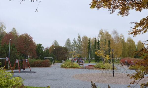 Linljanpuiston leikkipaikka.