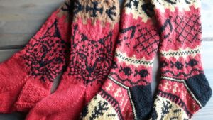 villasukkia kaksi paria.